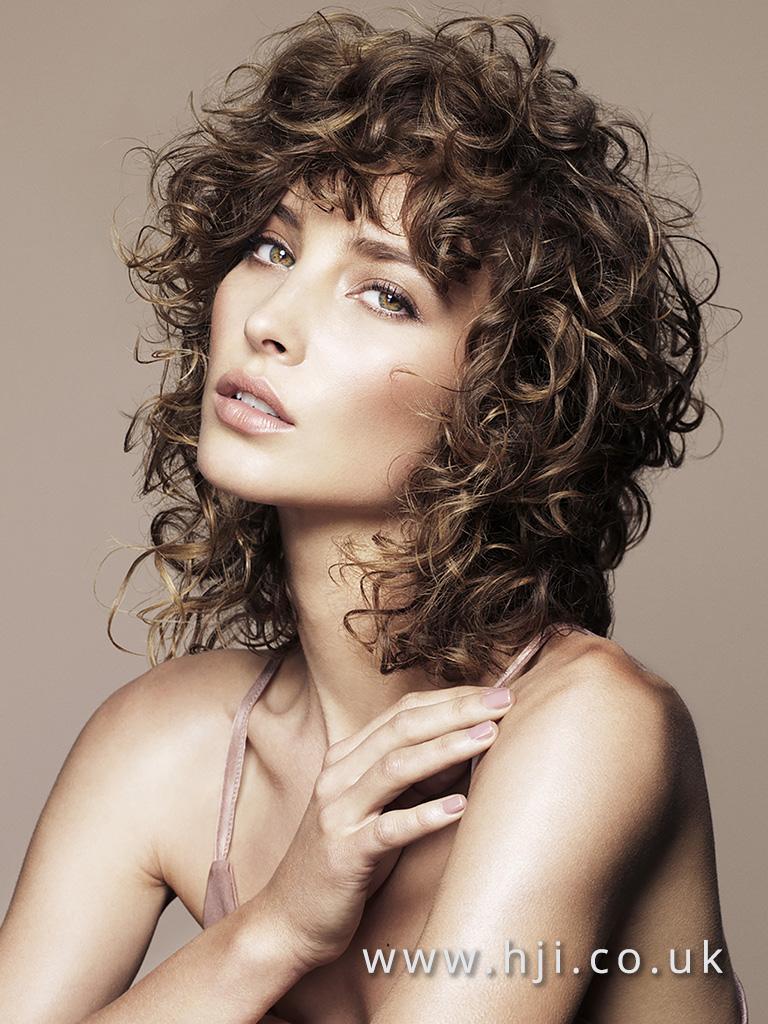 Wet look brunette curls