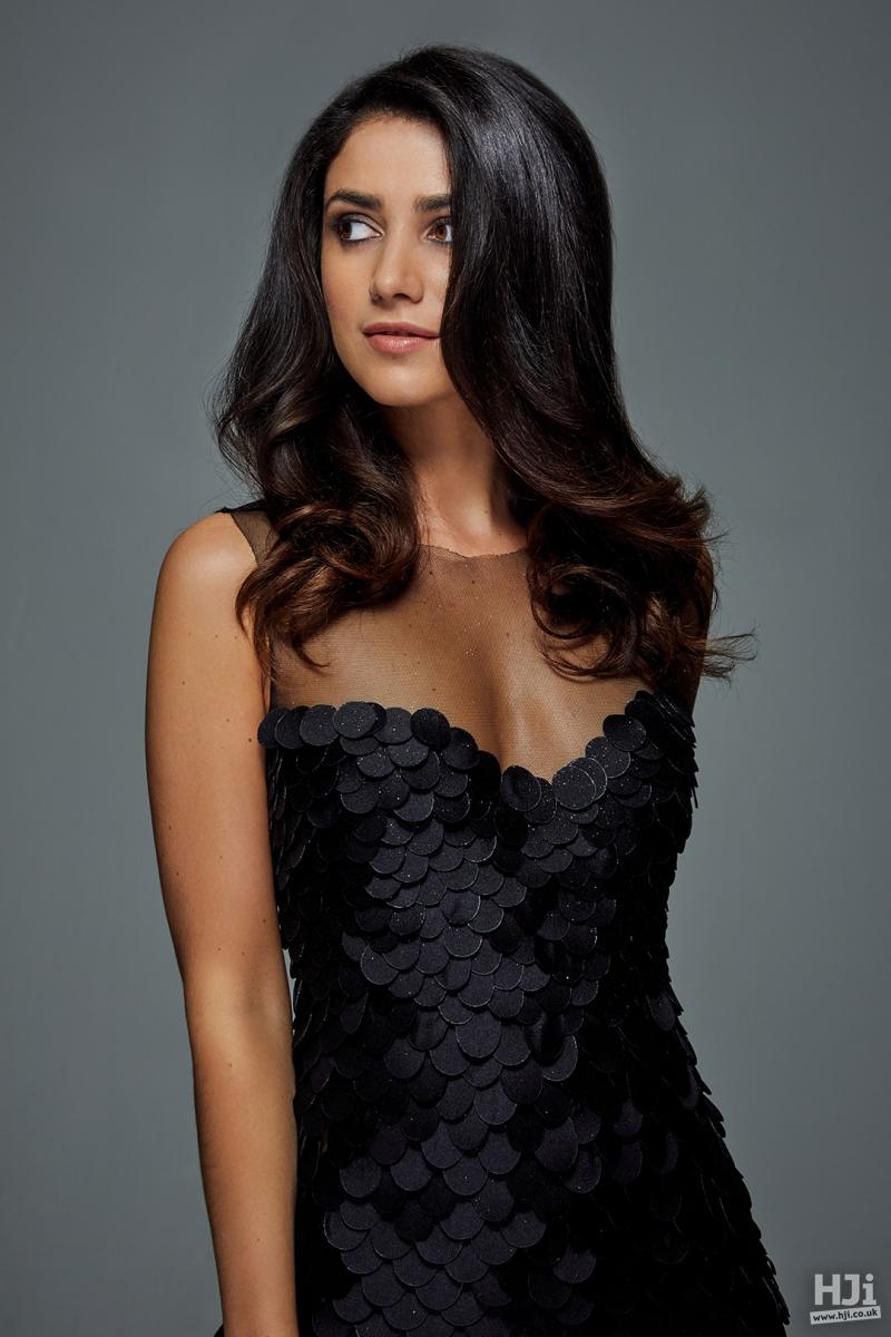 shoulder length sleek brunette