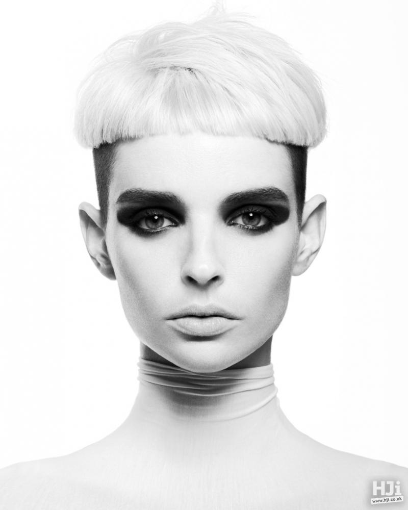 Blonde Avant-garde fringe