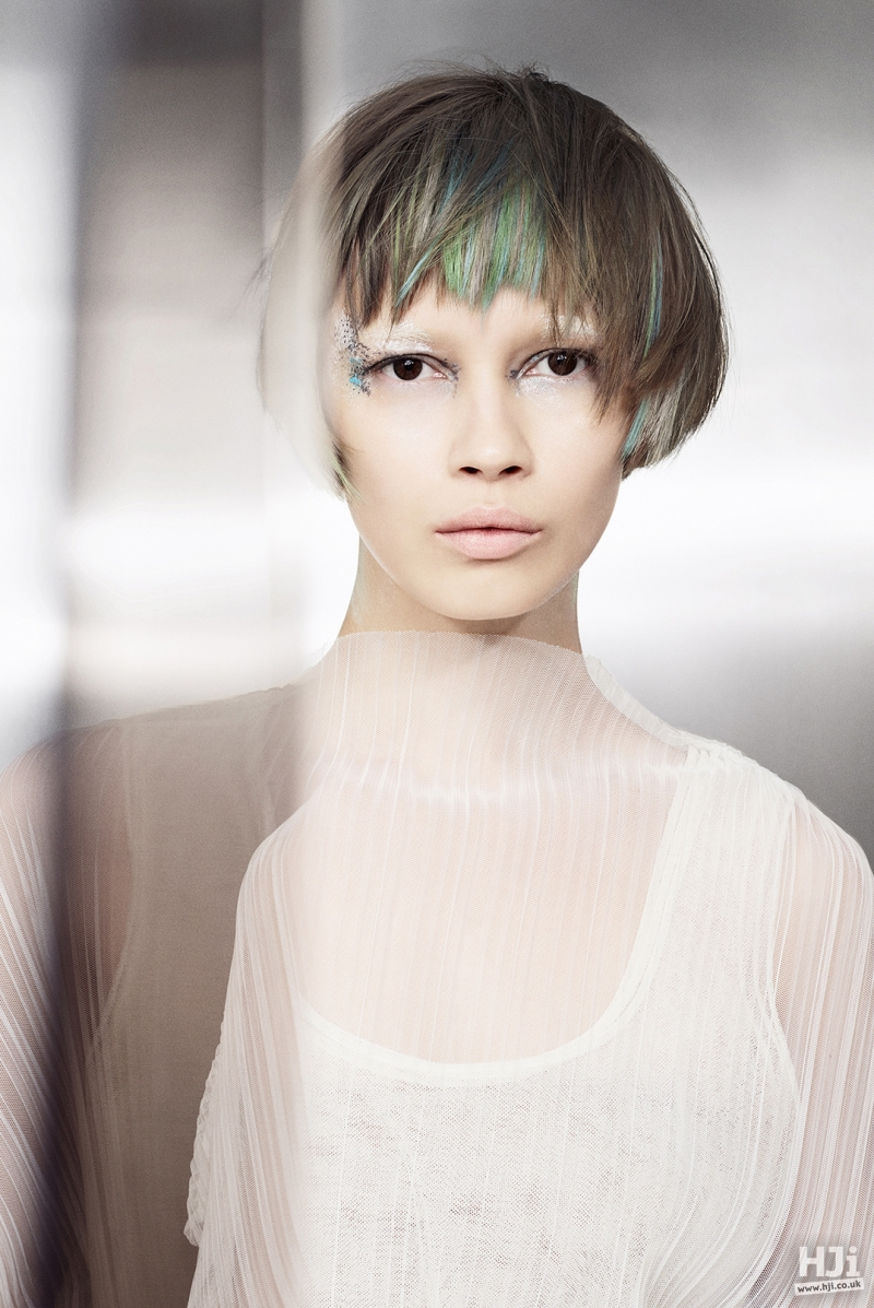 Brunette bob with green