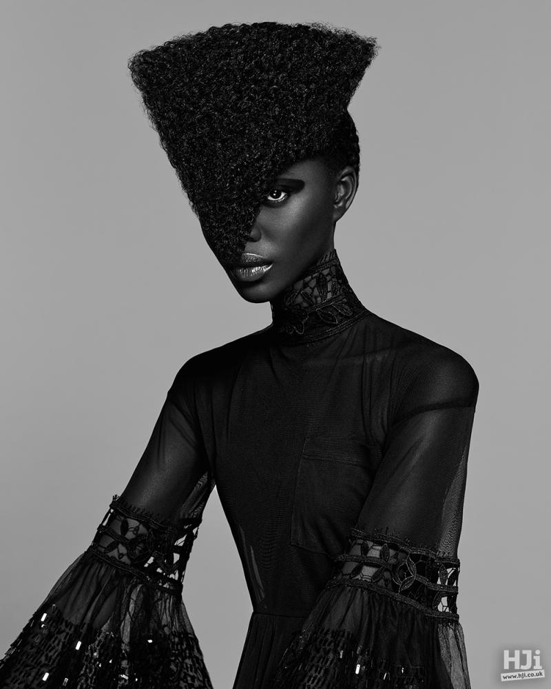Geometric afro fringe