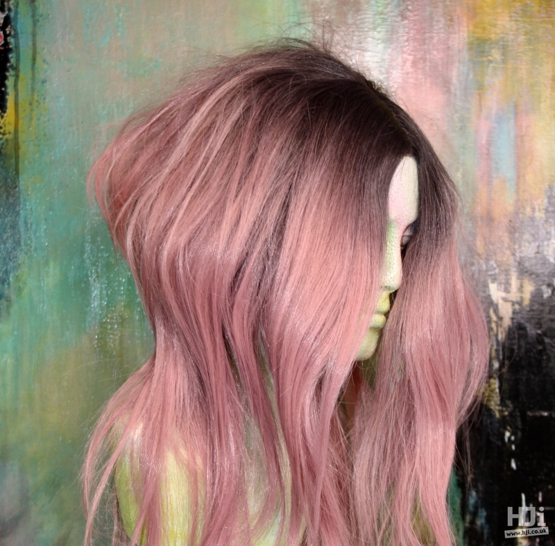 Pastel highlights and centre parting