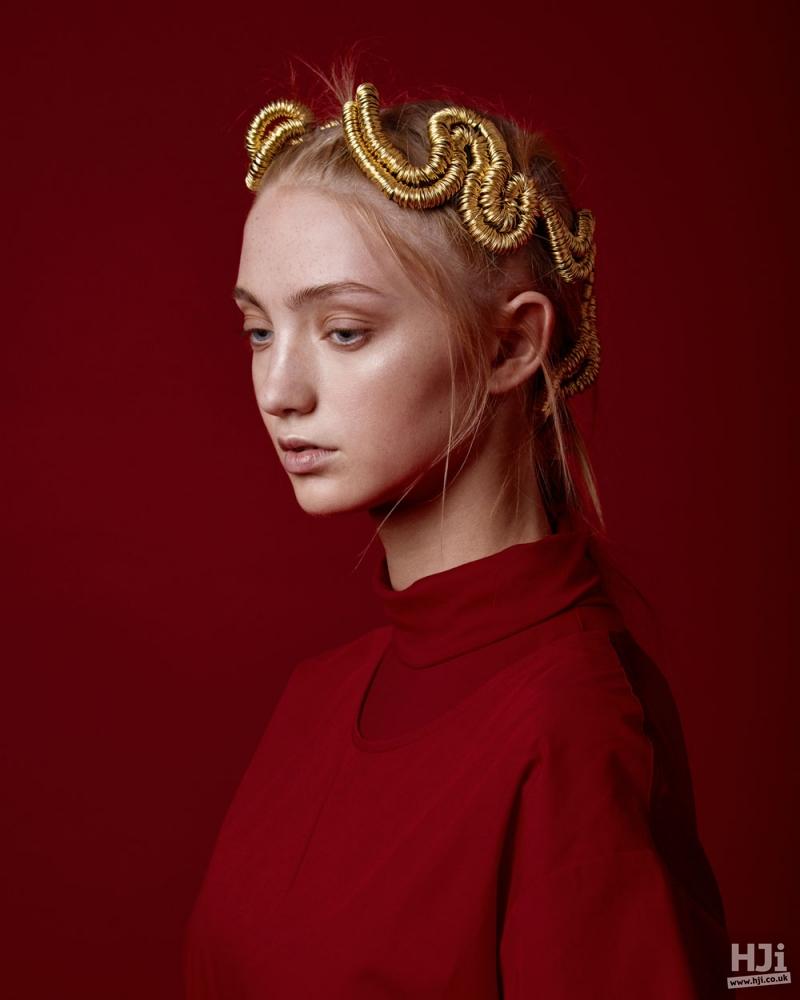 Woven golden style