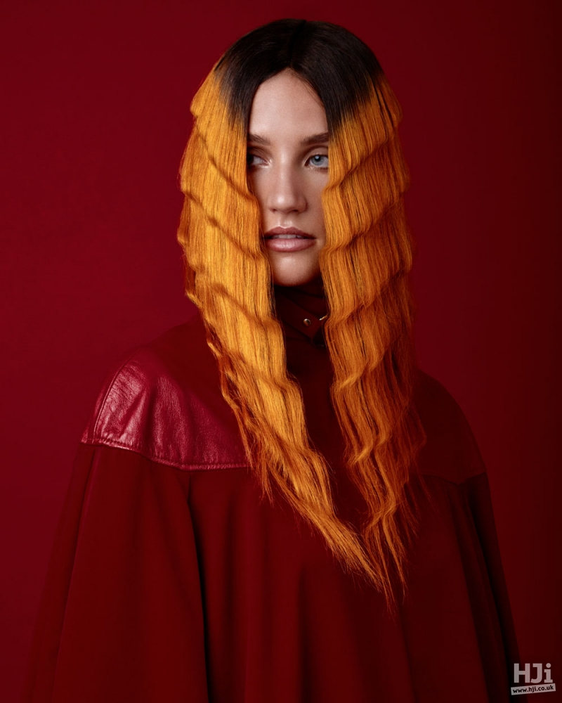 Bold split coloured look with large crimping