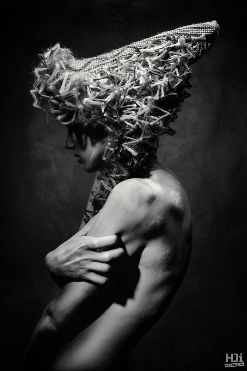 Brushed Z curls