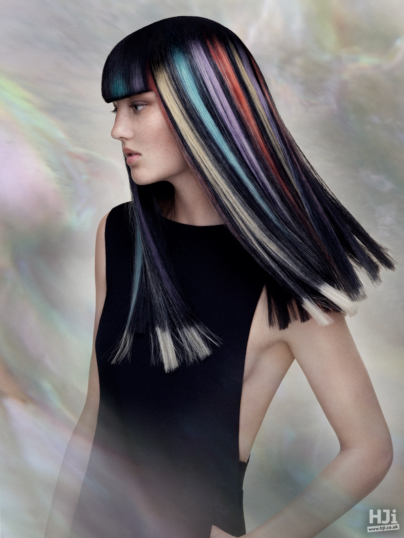 Visor fringe with colourful stripes