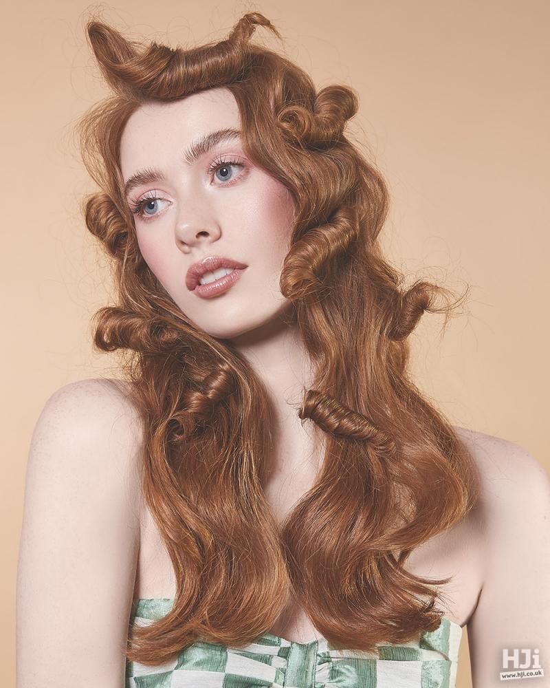 Wavy ginger hair