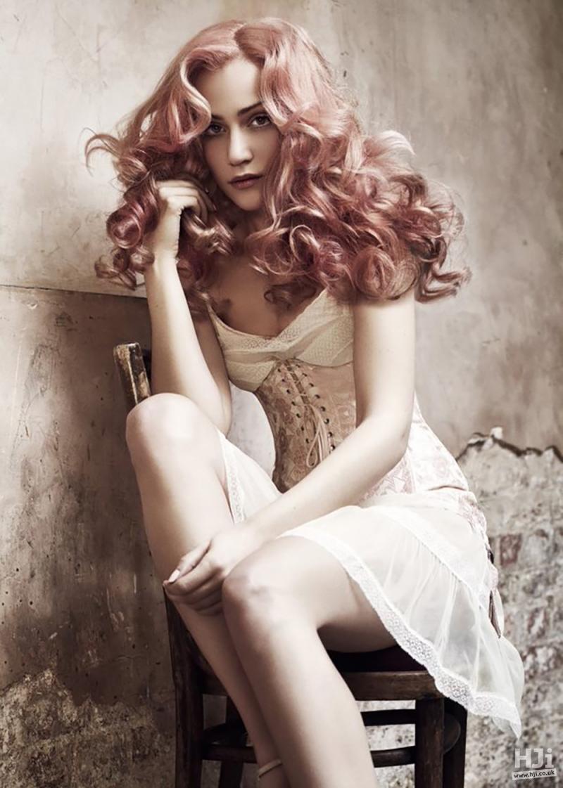 Wavy pink bridal hair