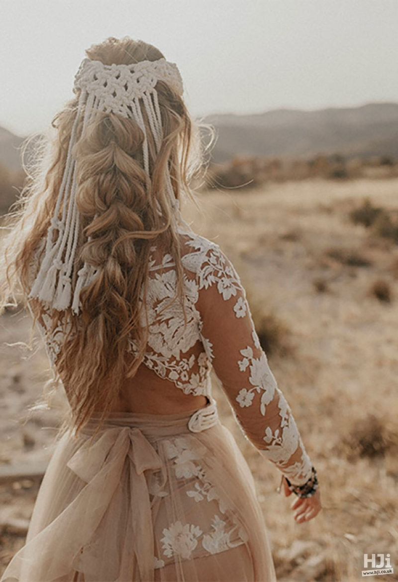 Blonde bridal hair with macrame braiding