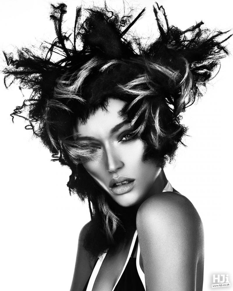 Textured hair with creative colour
