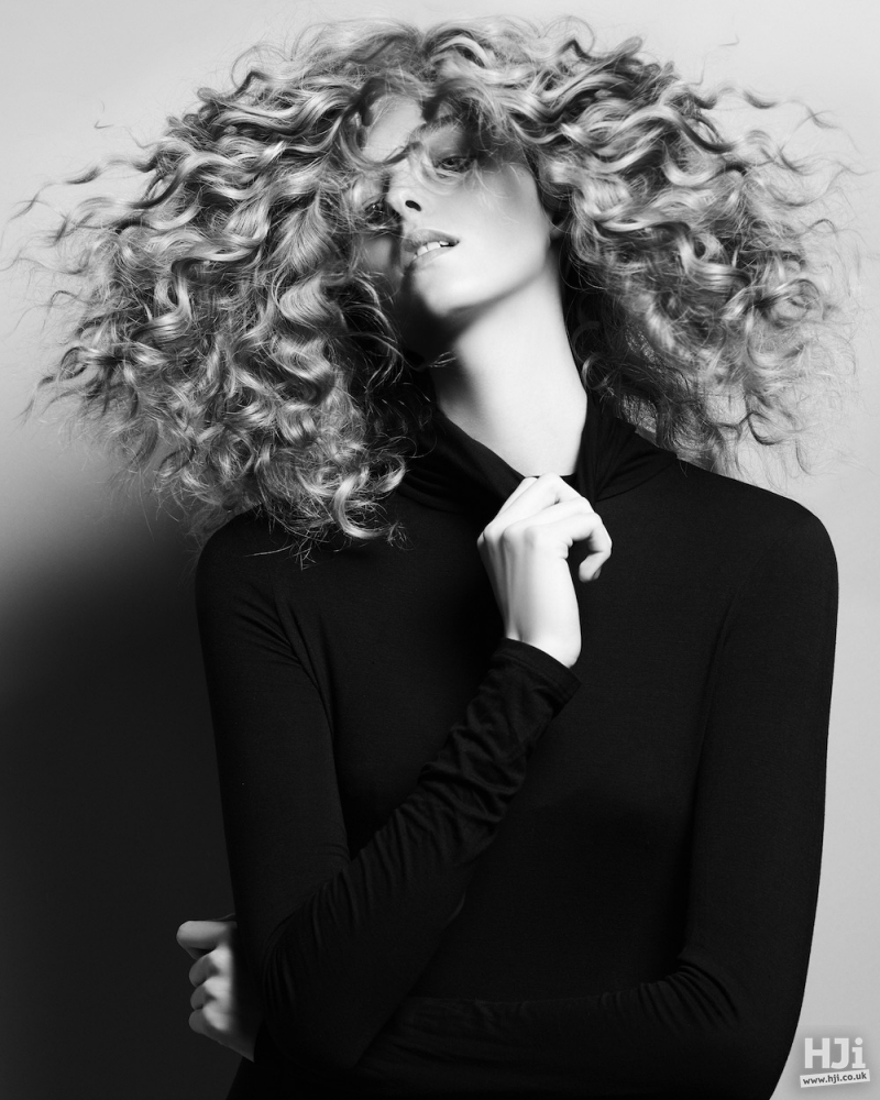 Spiral curls with reverse highlights