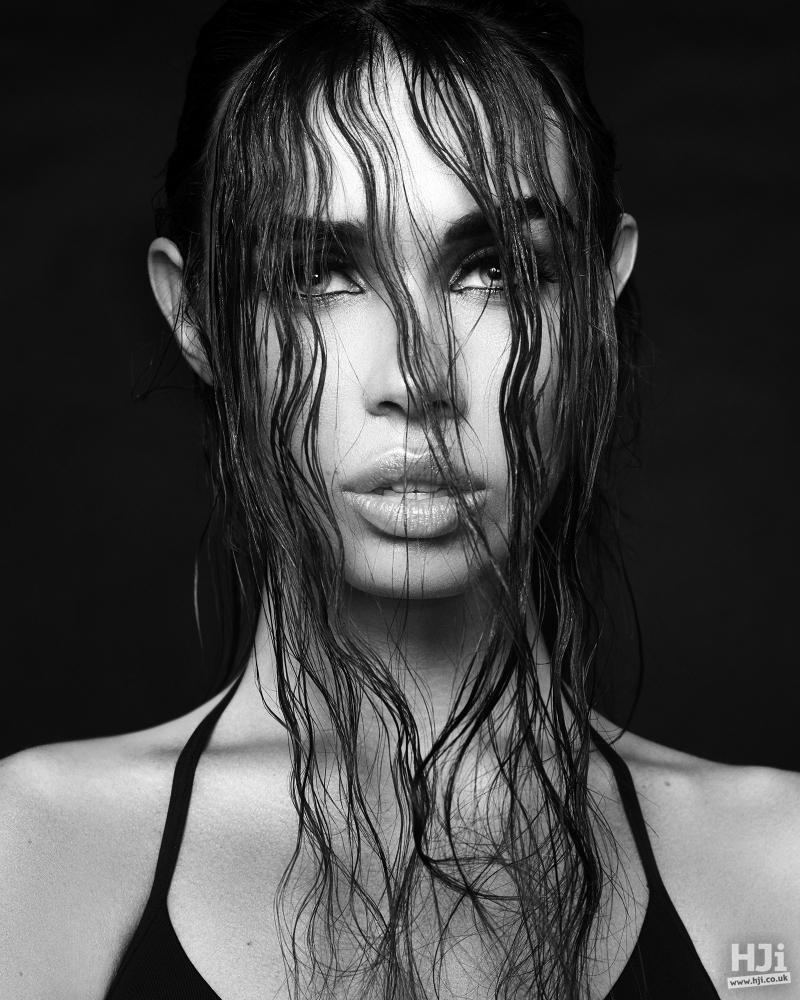 Wet look veil