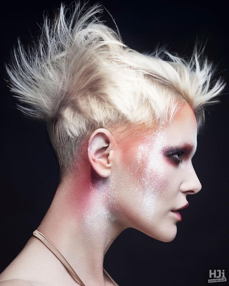 Spiky blonde crop