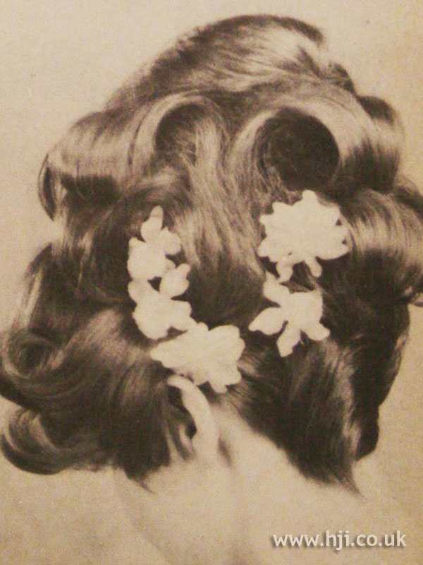 1966 back flowers hairstyle