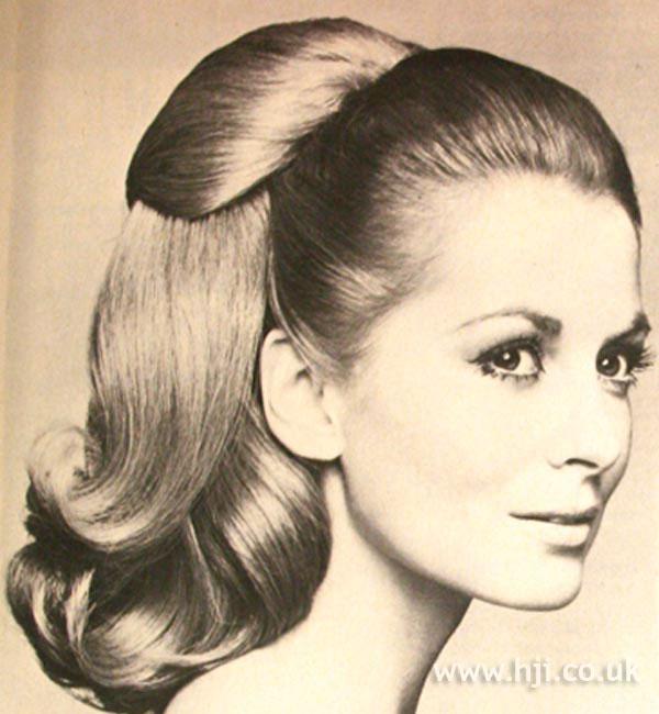 1968 Blonde Ponytail Hairstyle Hji