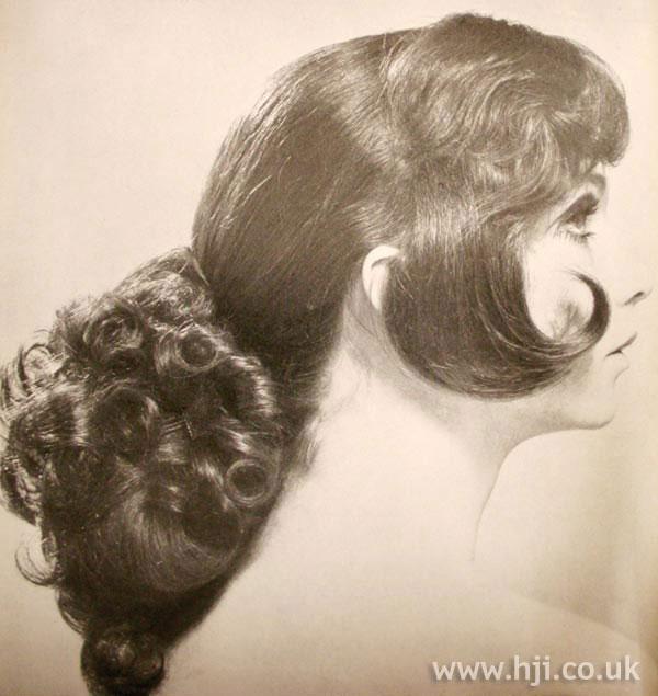 1968 Ponytail Long Hairstyle Hji