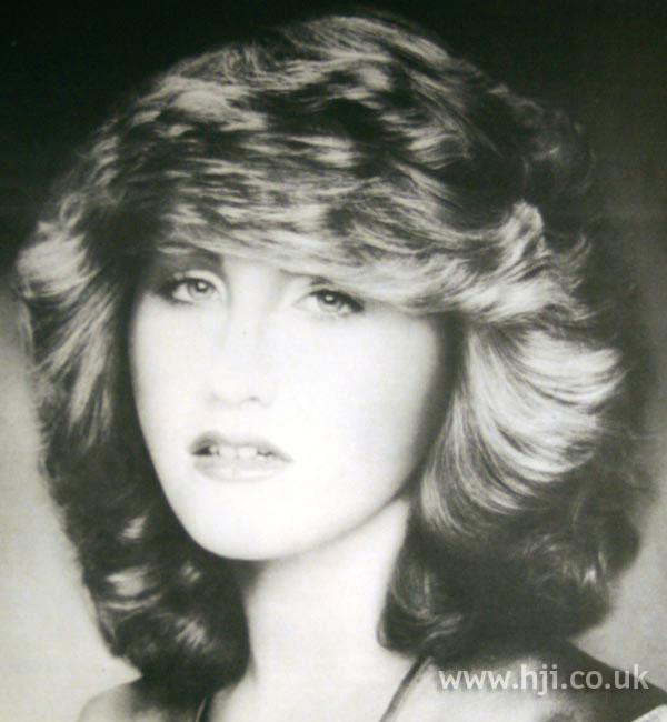 1979 Volume Blonde Hairstyle Hji