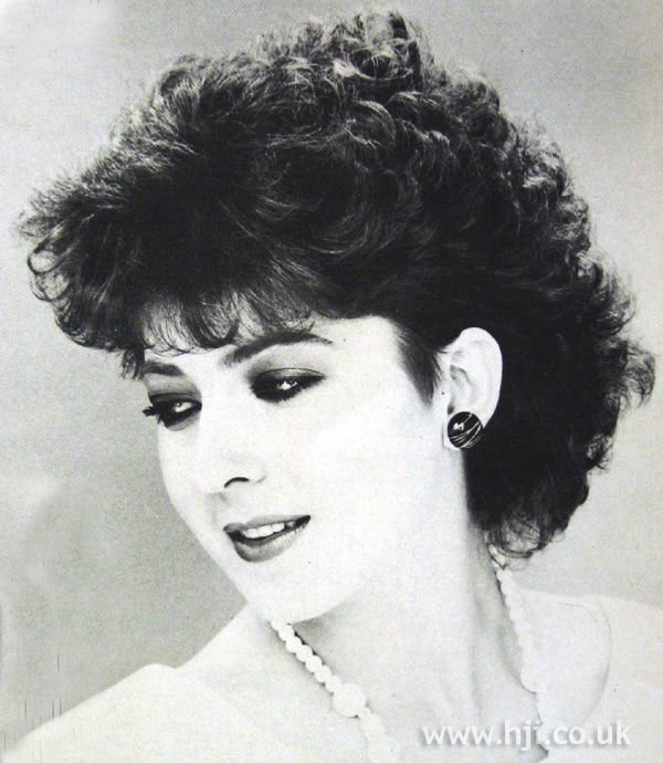 1984 curl short hairstyle