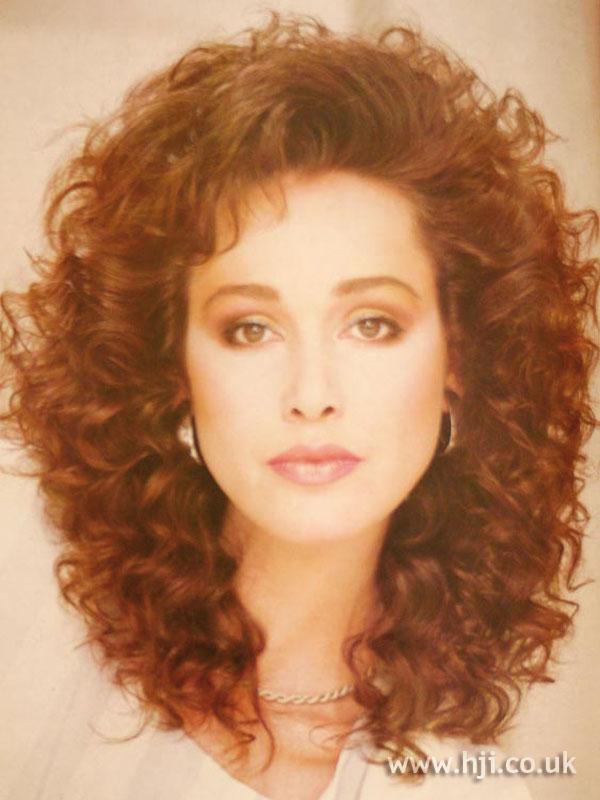1984 Long Curls Hairstyle Hji