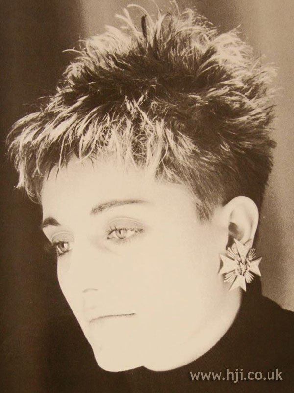 1986 textured crop hairstyle