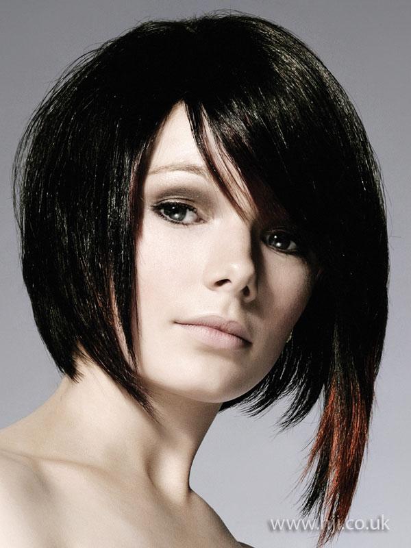 Стрижки на средние волосы на бок
