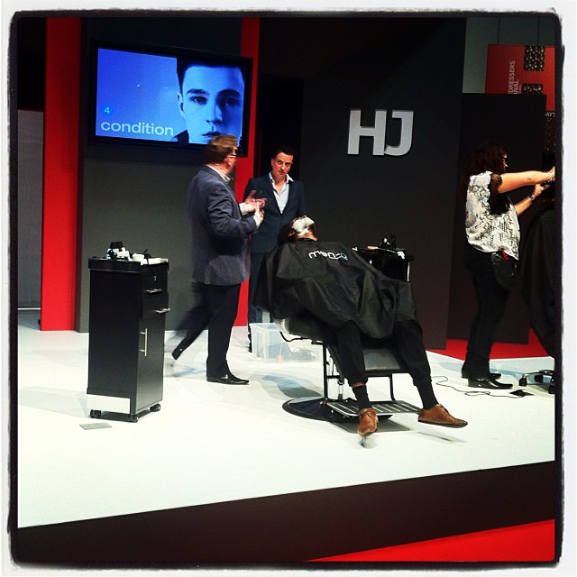 HJ Men stage at Salon International - The men-u Academy Team