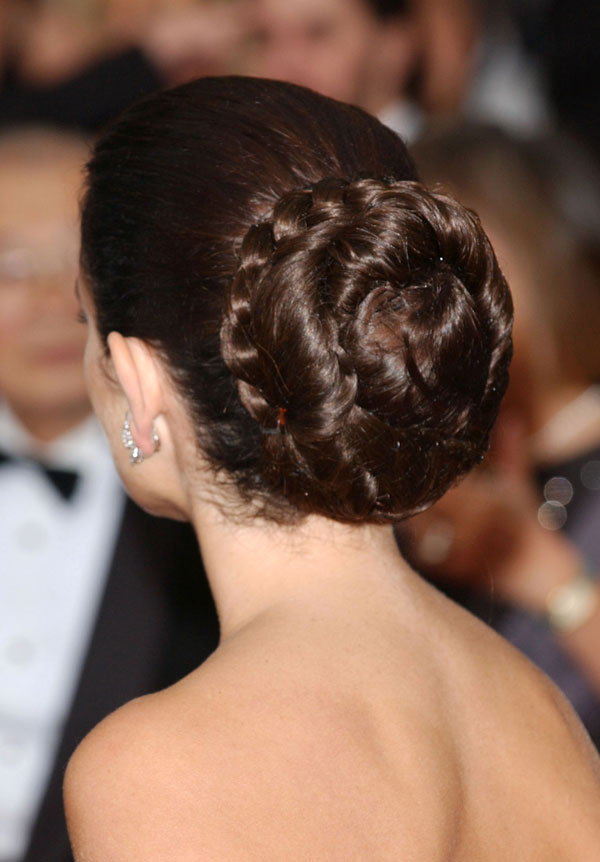 Penelope Cruz Her Five Best Red Carpet Hair Moments Hji