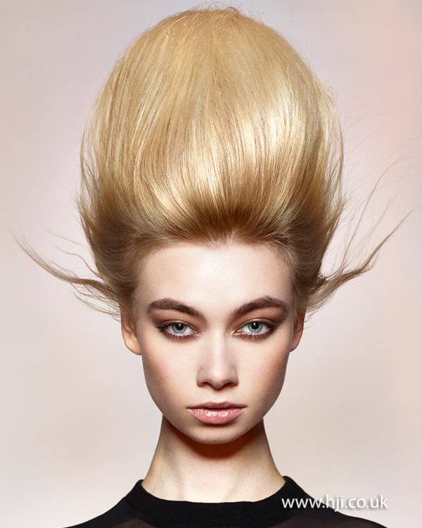 Peachy 2015 Exaggerated Blonde Beehive Hairstyle Hji Hairstyles For Women Draintrainus