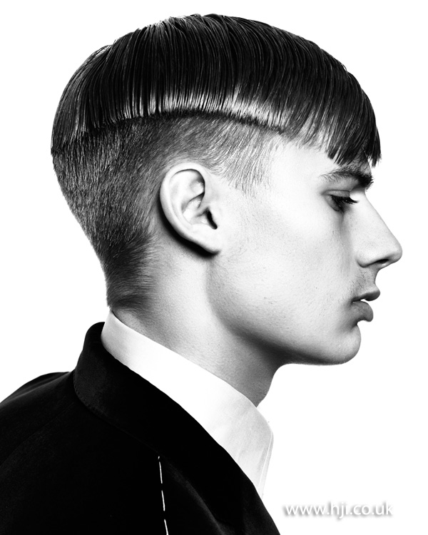 2015 Men's Undercut Curtain Hairstyle