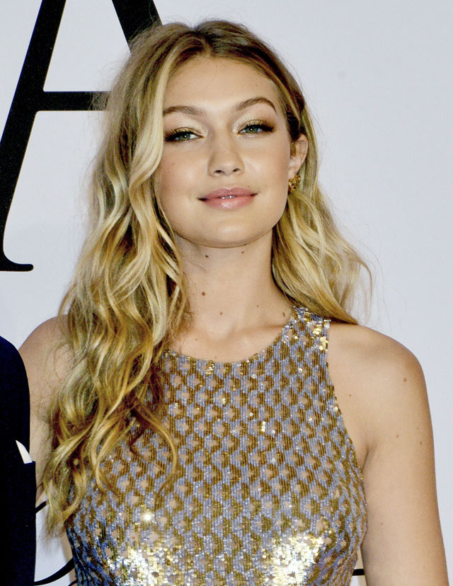 Prime Get The Look Gigi Hadids Beachy Waves By Moroccanoil Hji Largest Home Design Picture Inspirations Pitcheantrous