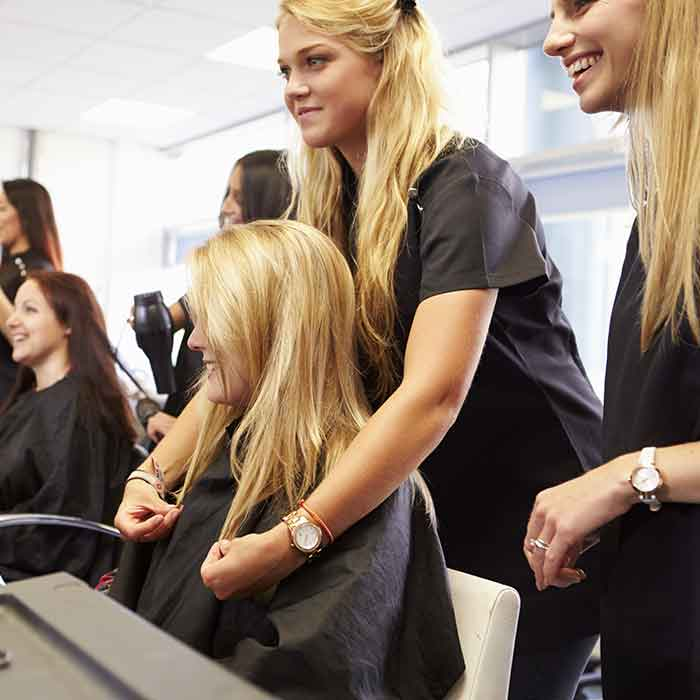 Hairdressing_apprentices