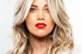 larisa love blonde