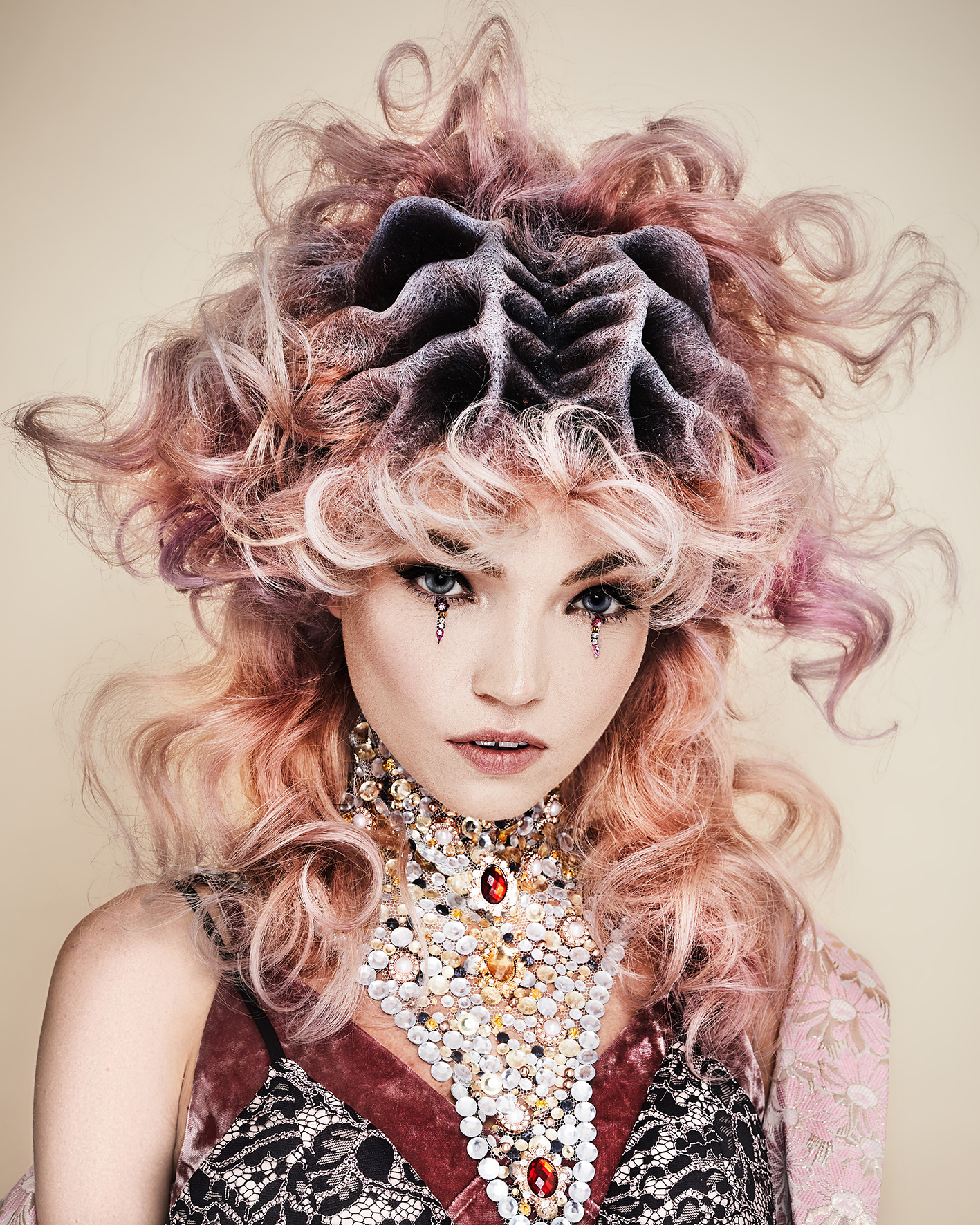 Sylvestre Finold Avant Garde Hairdresser of the Year 2018 Collection pic 8