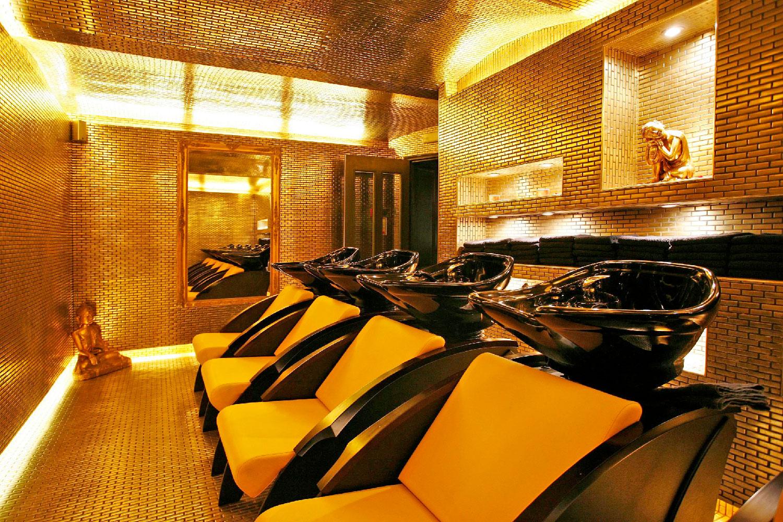 Taylor Taylor London gold room