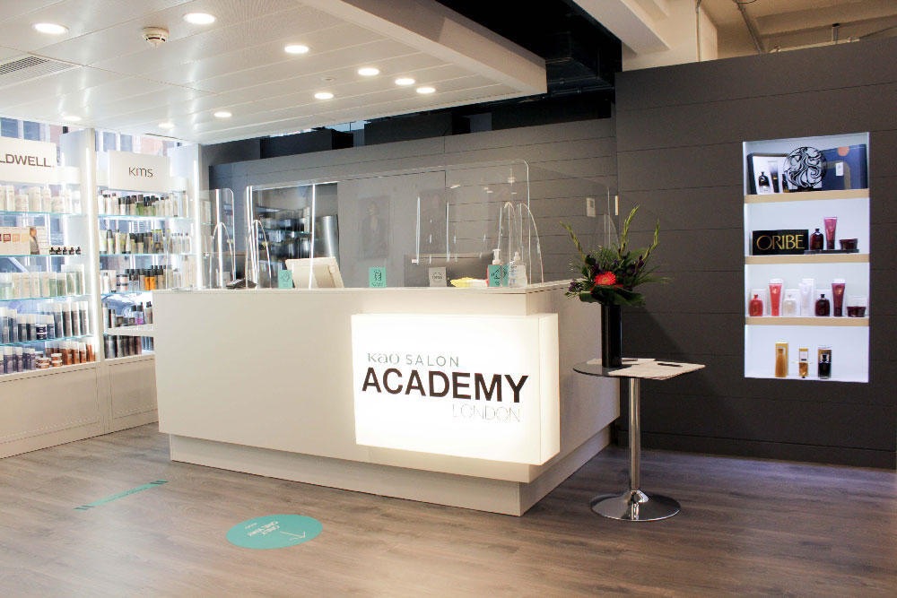 kao salon academy reception desk