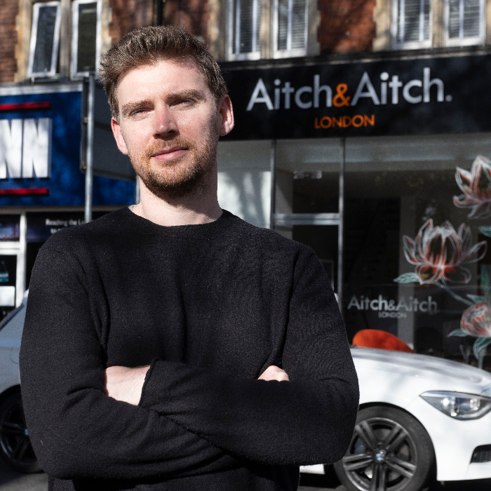 mail online advertiser aitch and aitch