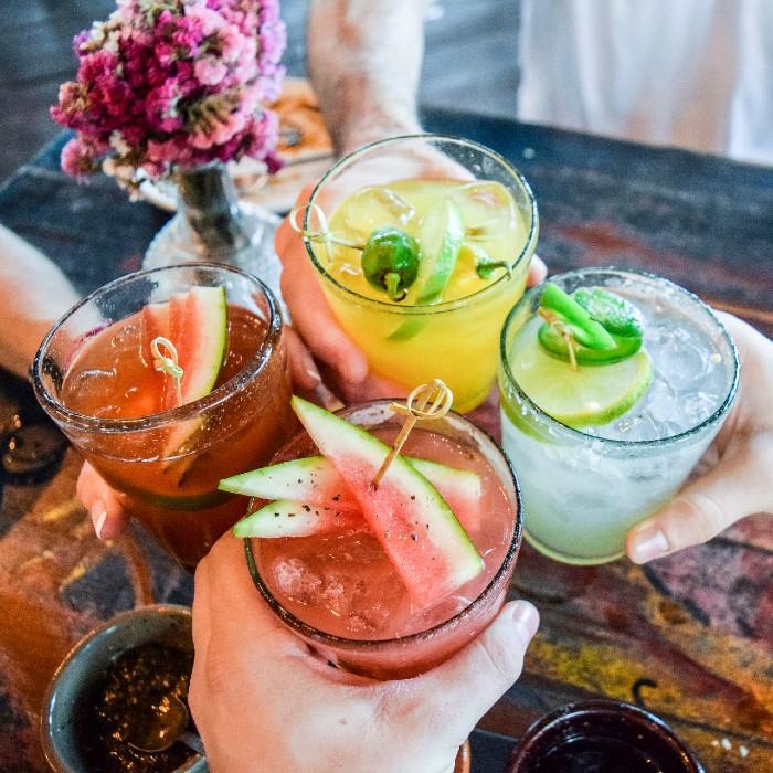 Cocktails Salons Community
